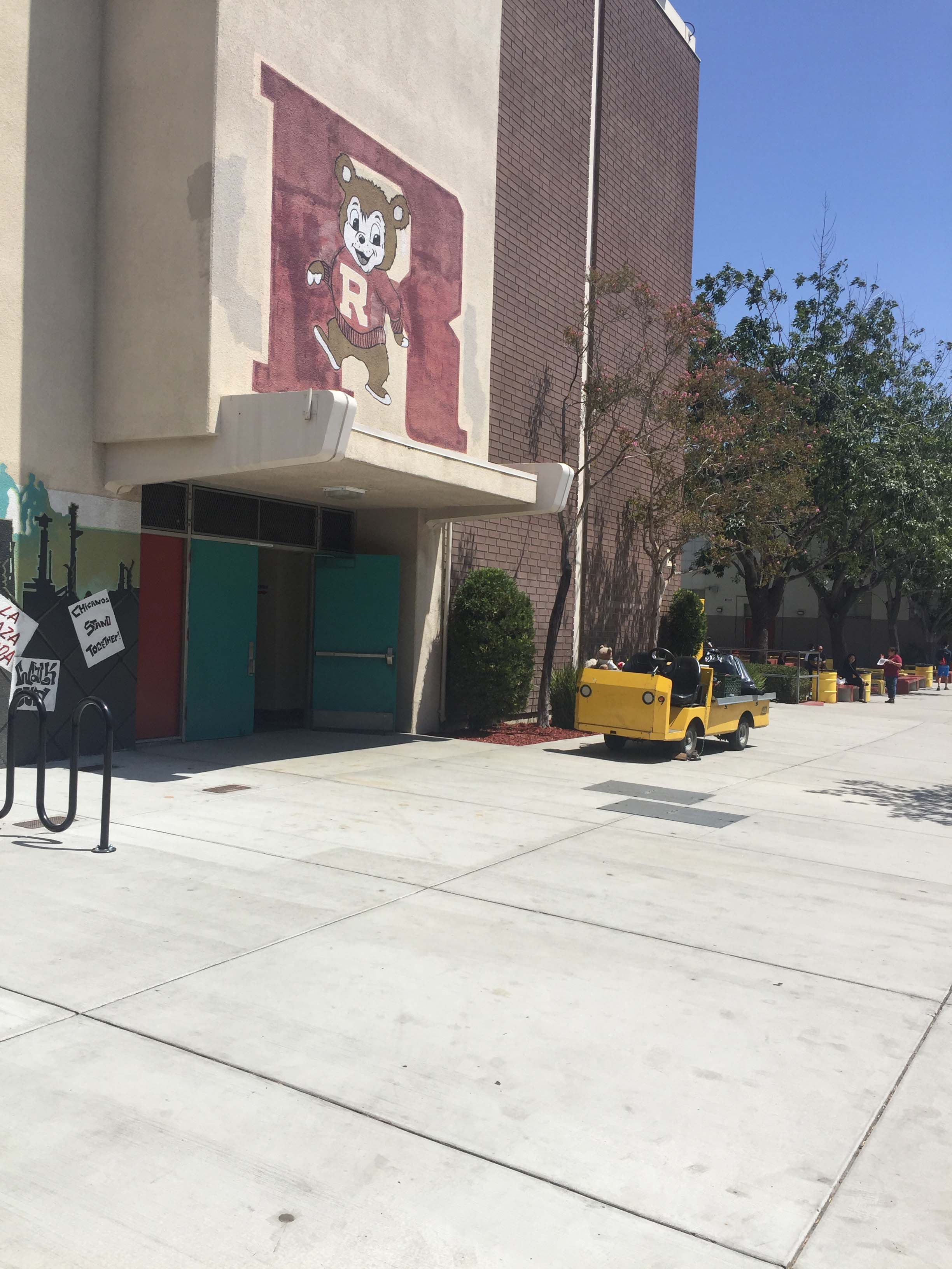 Roosevelt High School, Los Angeles,California-美国加州洛杉矶SAT考场测评