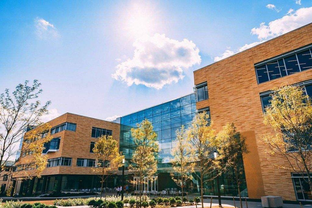 Carnegie Mellon University 泰珀商学院