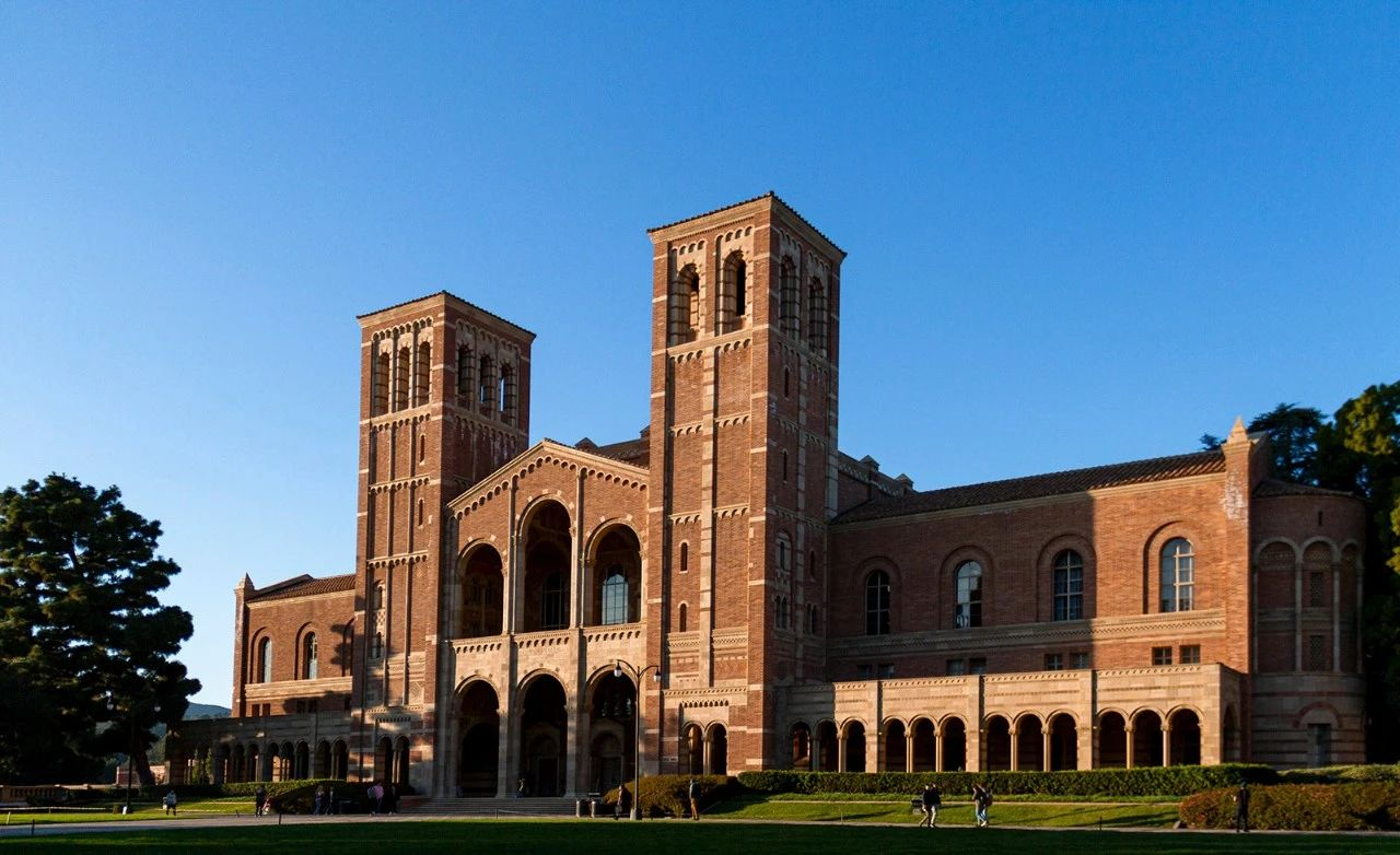 学长学姐的UCLA就读体验分享:UCLA校园环境/治安/学费/食堂/住宿/学生服务-UCLA大学怎么样?