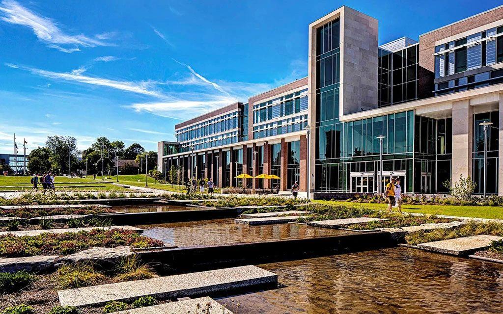 国际生学费最低的美国大学Top15!性价比最高的选择都在这里了!