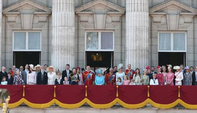 英国王室一家真实生活到底什么样?厚朴少儿带你走进British Royal Family