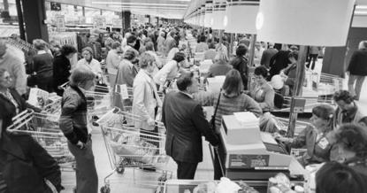 SAT阅读背景知识:提高超市结账速度,是设置多路队伍好还是一路队伍好?